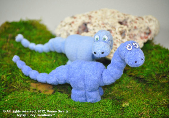 How to Make a Washcloth Dinosaur Video Tutorial