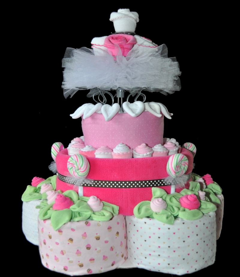 Make A Topsy Turvy Diaper Cake